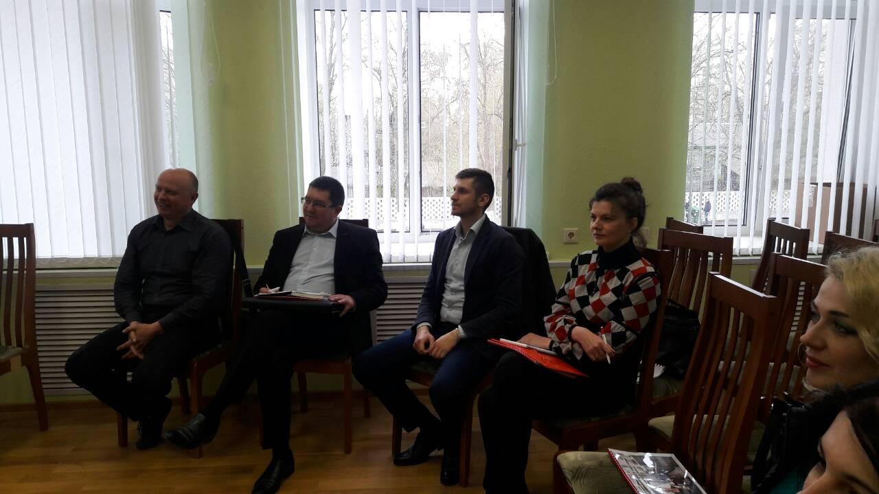 trening-dlya-prodavtsov-mebeli-brconsalt (26)-1
